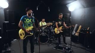 Funky Holiday-Зависим(Live in TamataSound)