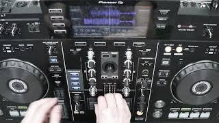 Funky Bass House Mix (Pioneer XDJ-RX) - Live Mix (Exclusive ID's)